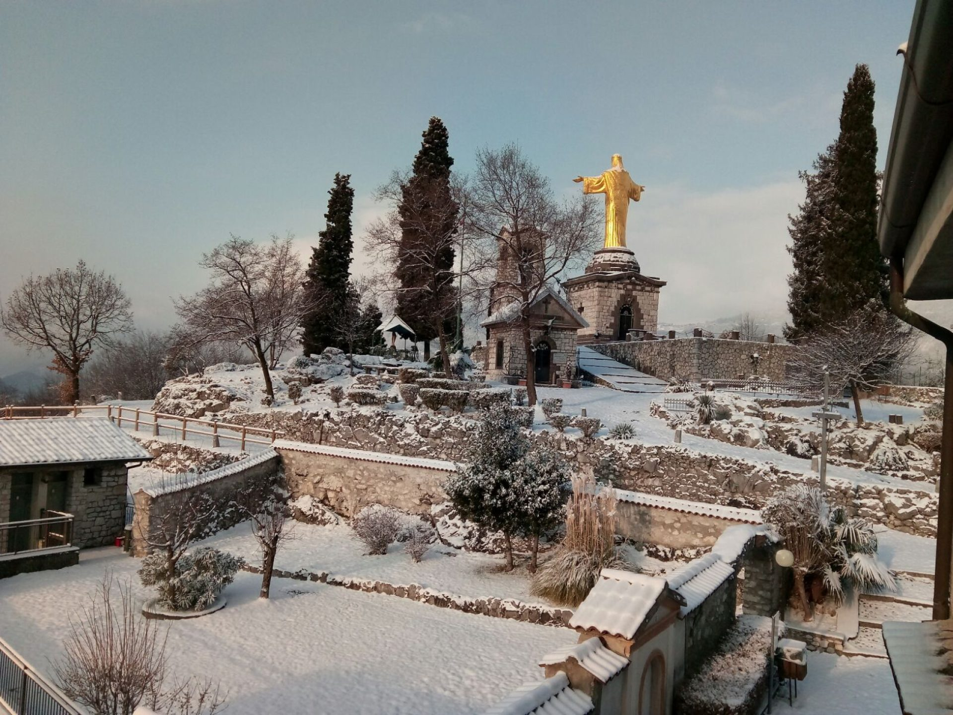 ristoro-cristo-re-vista-neve